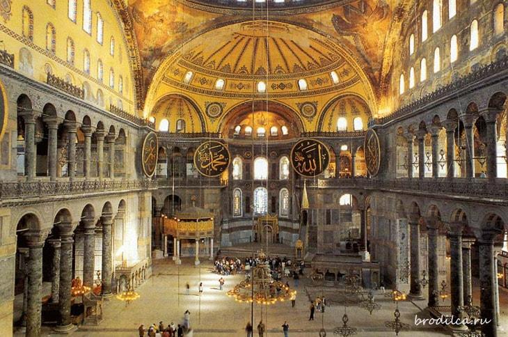 Внутри собора Софии